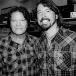 John Fogerty con Dave Grohl, líder de Foo Fighters